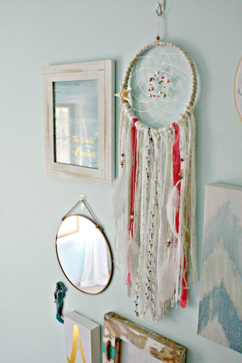 Beautiful Mermaid Theme Bedroom Decor Ideas For Girls 19