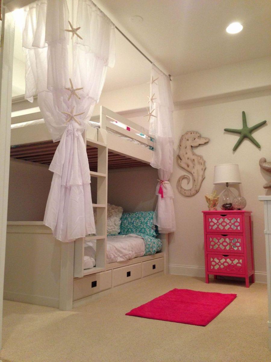 Beautiful Mermaid Theme Bedroom Decor Ideas For Girls 24