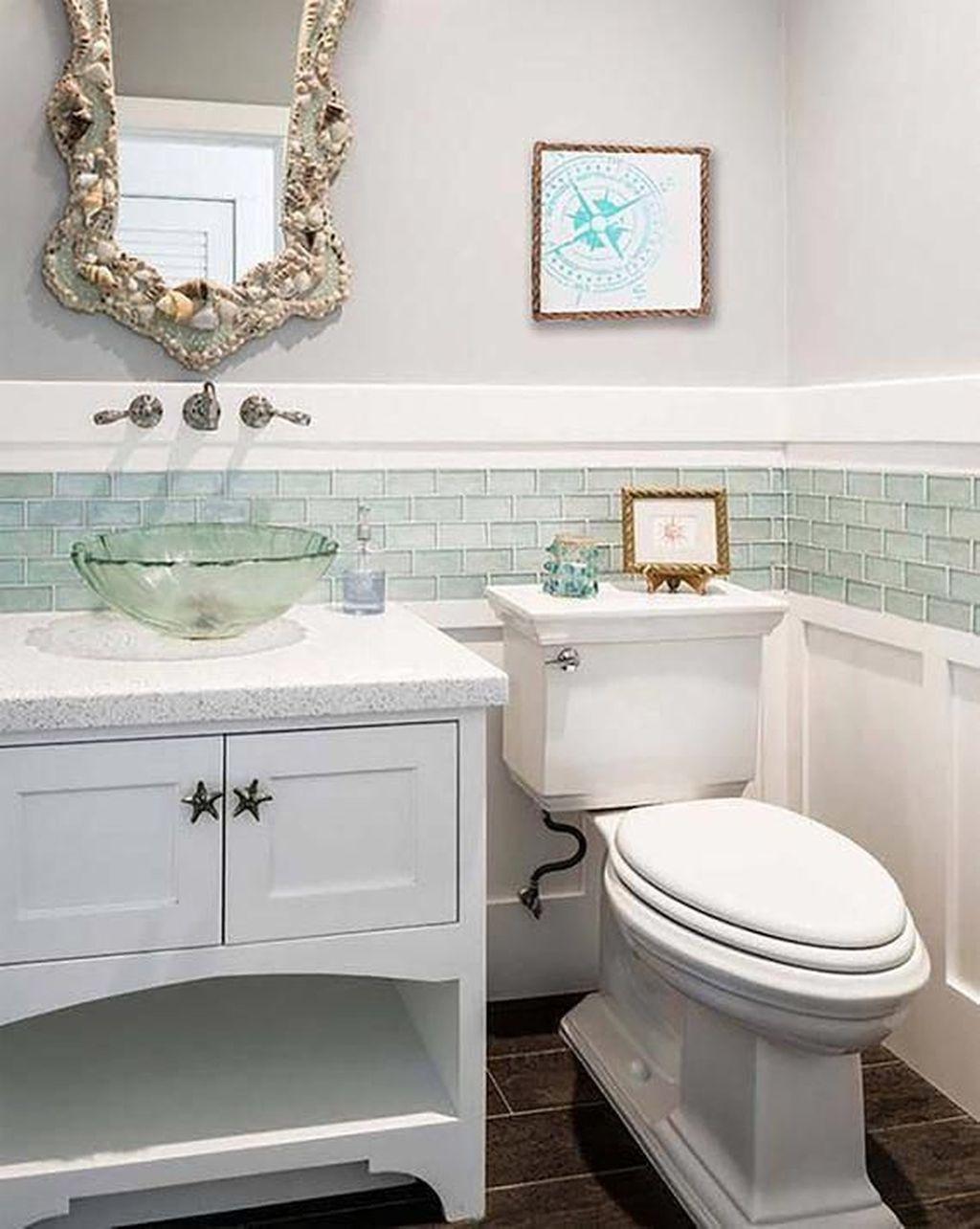 Fabulous Coastal Style Bathroom Decor Ideas 22