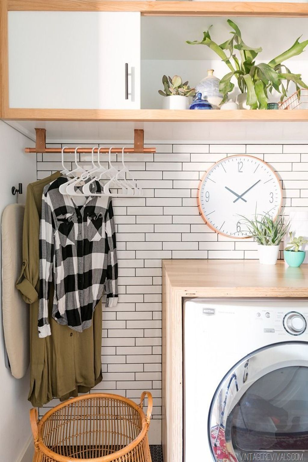 Fabulous Scandinavian Laundry Room Design Ideas 08