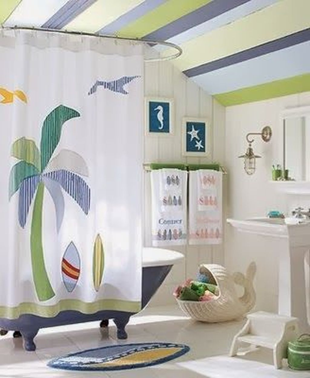 Gorgeous Beach Theme Bathroom Decorating Ideas 23