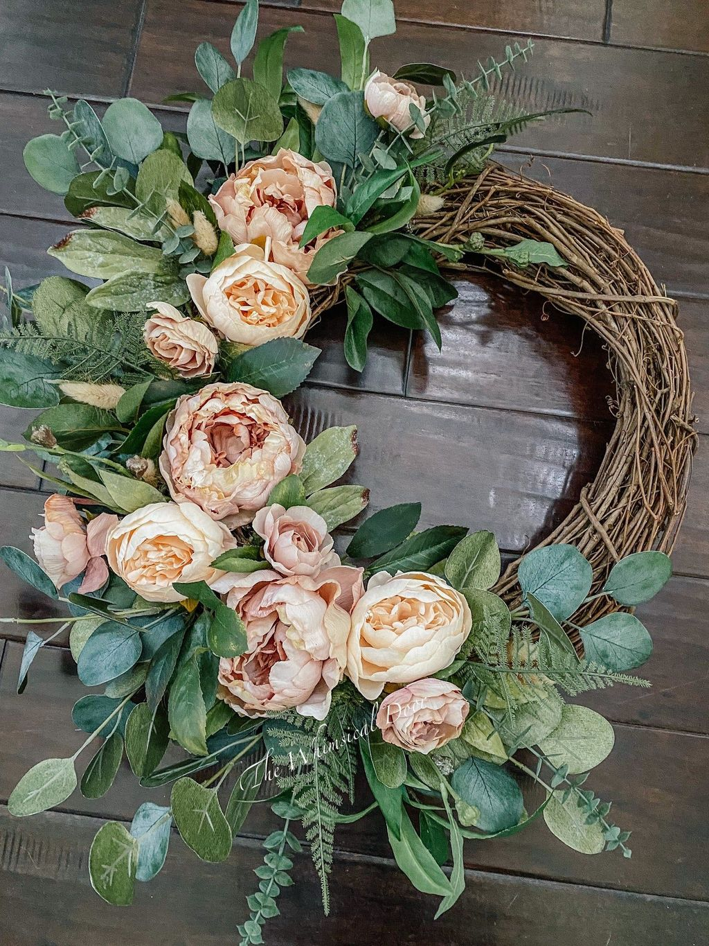 Inspiring Summer Wreath Design Ideas You Should Copy 05