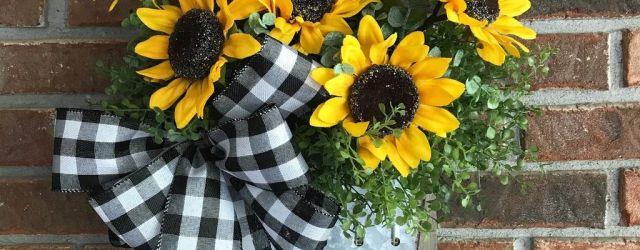 Inspiring Summer Wreath Design Ideas You Should Copy 06