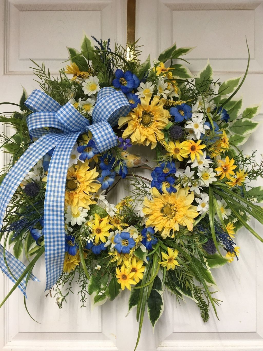 Inspiring Summer Wreath Design Ideas You Should Copy 08