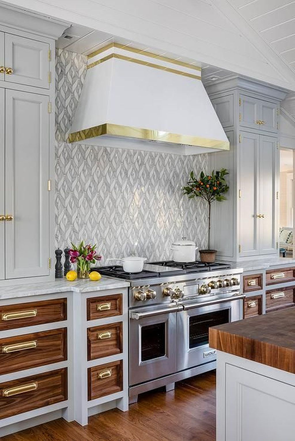 Lovely Luxury Kitchen Design Ideas You Never Seen Before 05