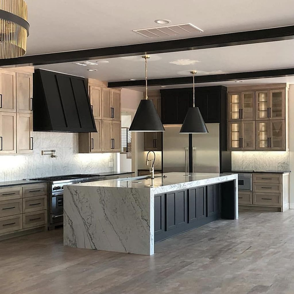 Lovely Luxury Kitchen Design Ideas You Never Seen Before 06