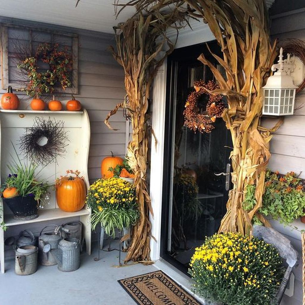Lovely Rustic Porch Ideas To Beautify Your Home 29