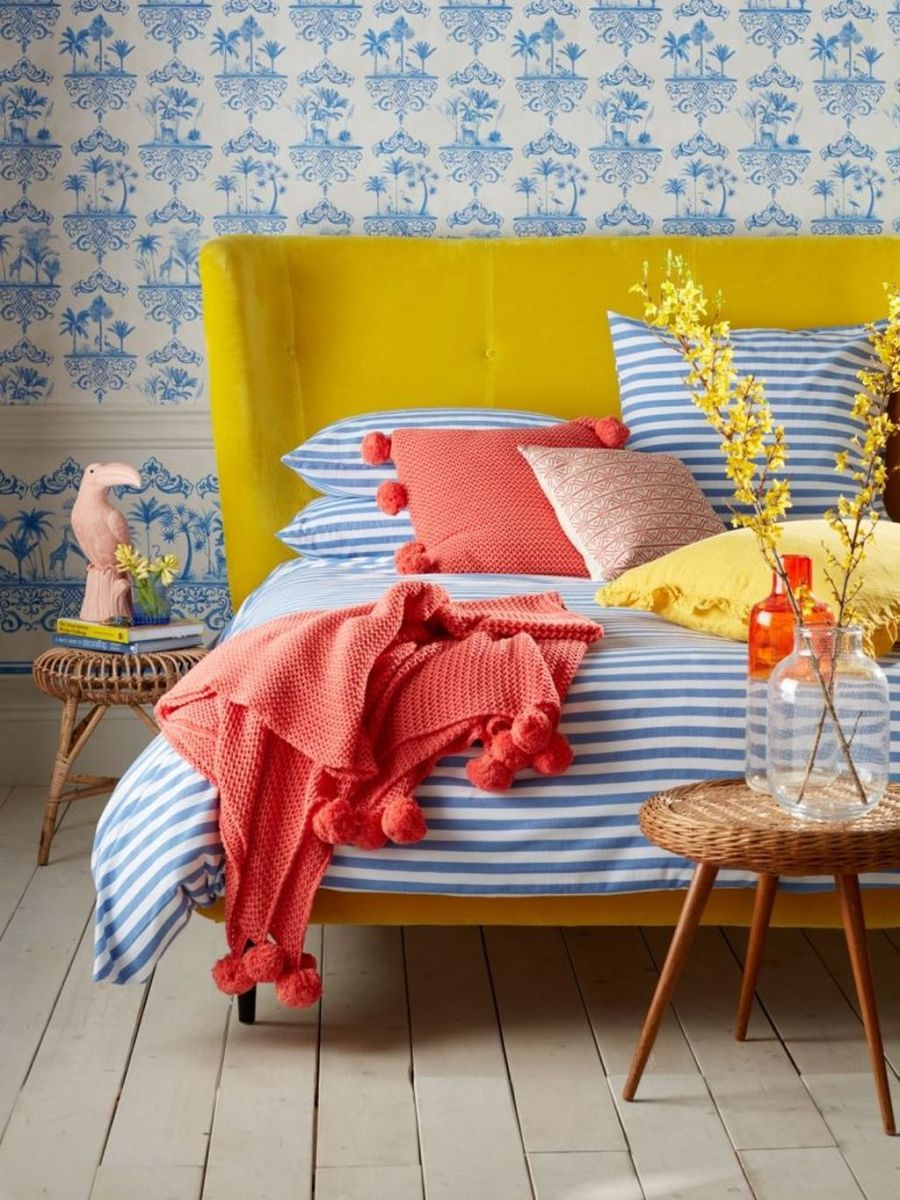Popular Summer Bedding Ideas To Beautify Your Bedroom 02