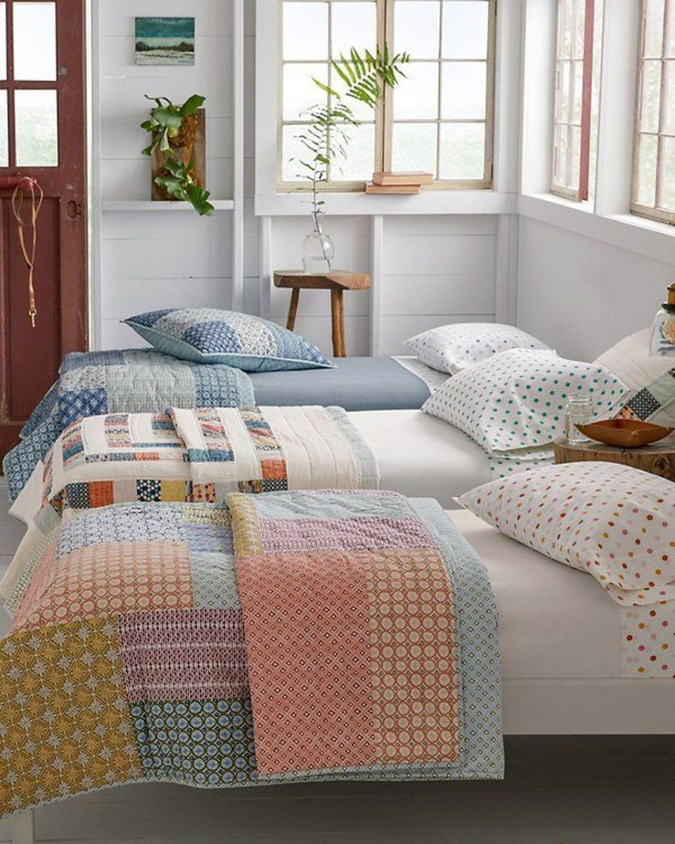 Popular Summer Bedding Ideas To Beautify Your Bedroom 20