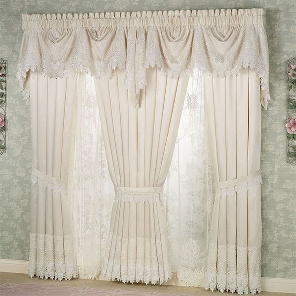 Wonderful Elegant Curtains Ideas For Living Room Decor 06