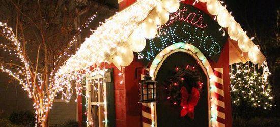 Santa's Workshop Outdoor Decorations