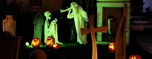 Haunted Mansion Halloween Decorations