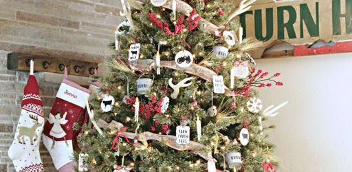 Farmhouse Christmas Tree Decor