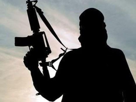 यूपीत बांगलादेशी दहशतवाद्याला एटीएसनं ठोकल्या बेड्या