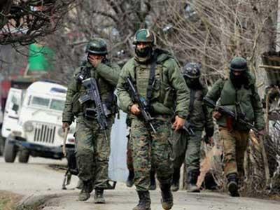 काश्मीरमध्ये पाच पाकिस्तानी सैनिक ठार; भारतानं जोरदार प्रत्युत्तर