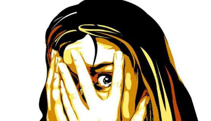 भाजपा आमदारावर मोलकरणीच्या मुलीवर बलात्कार केल्याचा आरोप