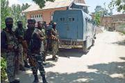 अवंतीपोरामध्ये सुरक्षा दलाने मशिदीत लपलेल्या 2 दहशतवाद्यांना घातले कंठस्नान