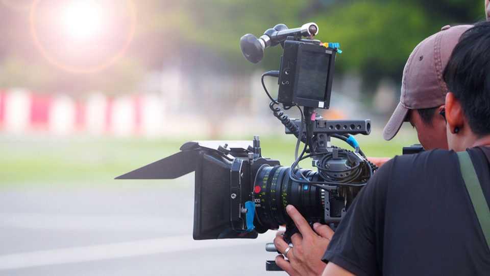 सावित्रीबाई फुले पुणे विद्यापीठात होणार चित्रपटाचे शूटिंग