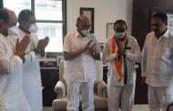 शरद पवारांच्या उपस्थितीत ओबीसी नेते  डॉ. अशोक जीवतोडे यांनी राष्ट्रवादी काँग्रेस पक्षात प्रवेश