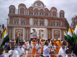 Mahamastakabhisheka-2006-Acharya-Sri-Vardhamansagarji-Maharaj-Mangala-Pravesh-0002