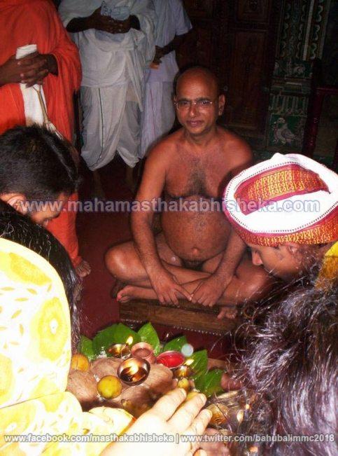 Mahamastakabhisheka-2006-Acharya-Sri-Vardhamansagarji-Maharaj-Mangala-Pravesh-0013