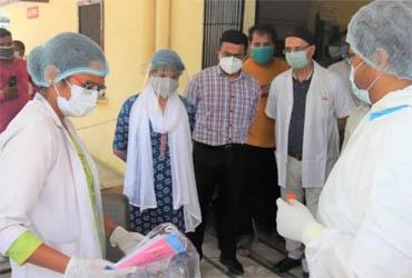 जसपुर: डीएम ने सरकारी अस्पताल का दौरा कर दिए दिशा निर्देश, कोतवाल का गुड वर्क