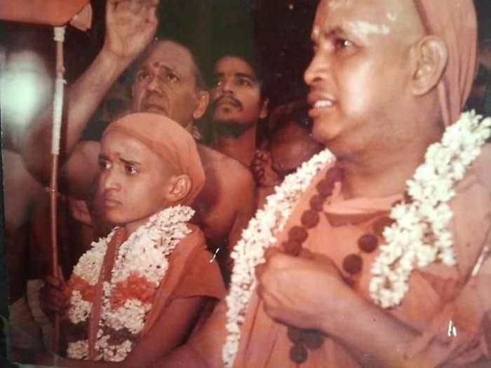 Pudhu Periyava and Bala Periyava Darisanam