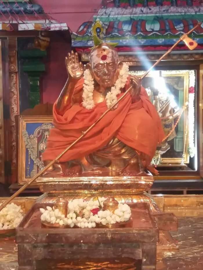 Maha Periyava-4