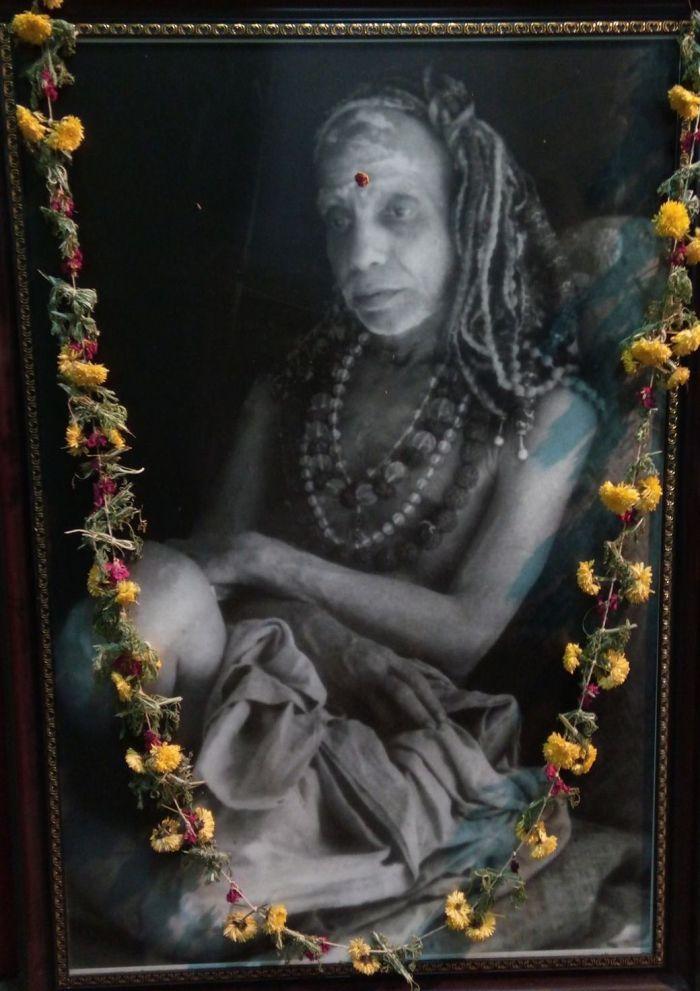 Mahaperiyava-sitting-rare.jpg