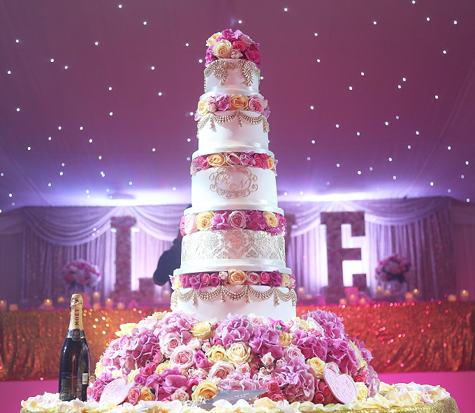 Londons Luxury Wedding Cake Supplier Asian Wedding