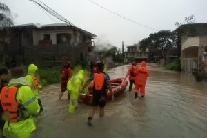 QC residents told to be on alert despite better weather