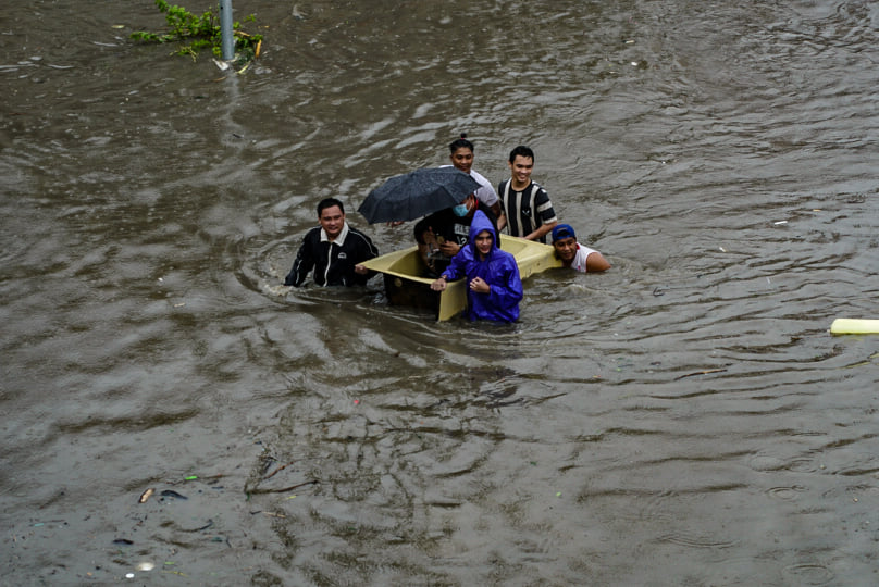 'When the going gets tough, the tough gets going' amid the floods