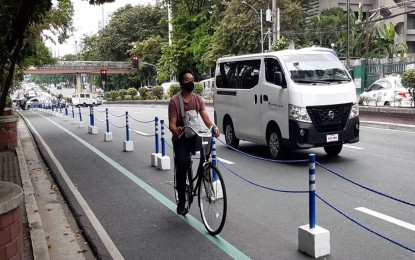 SMC, LGUs to build bike lanes out of recycled plastic