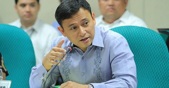 Angara assures displaced workers to receive assistance under 2021 budget