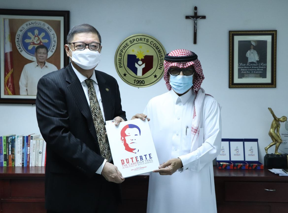 PSC chief meets with Saudi envoy, discusses Riyadh's bid to host 2030 Asian Games