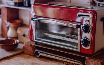 Craving Comfort Food | Old combination oven-toaster kitchen implement