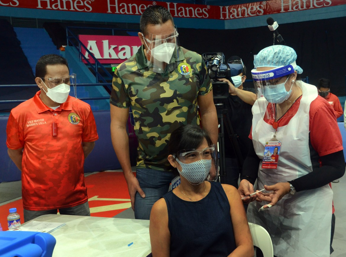 San Juan rolls out 3rd rd of its Covid-19 vaccination thrust to front-liners