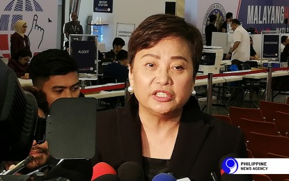 Comelec wants higher priority for poll personnel in vax drive