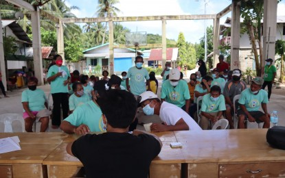 Completion of DSWD 'Listahanan' beneficiaries seen before yearend