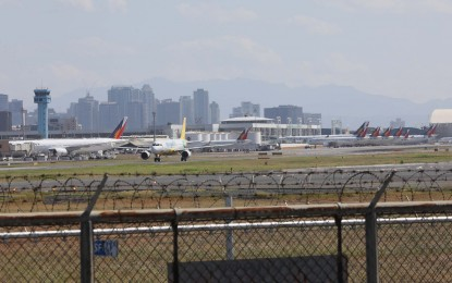 Diversion of int'l flights from Cebu to NAIA stays until June 12