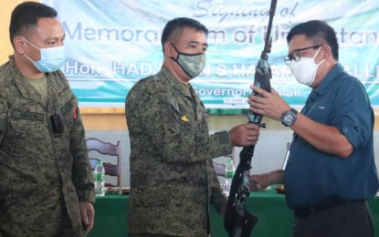 Basilan towns turn over 26 loose firearms to military