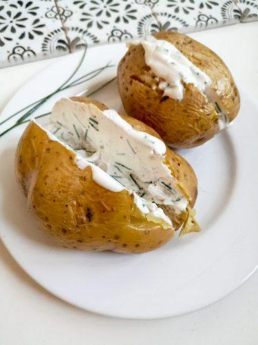 Pomme de terre au four sauce ciboulette Ma Healthy Tendency