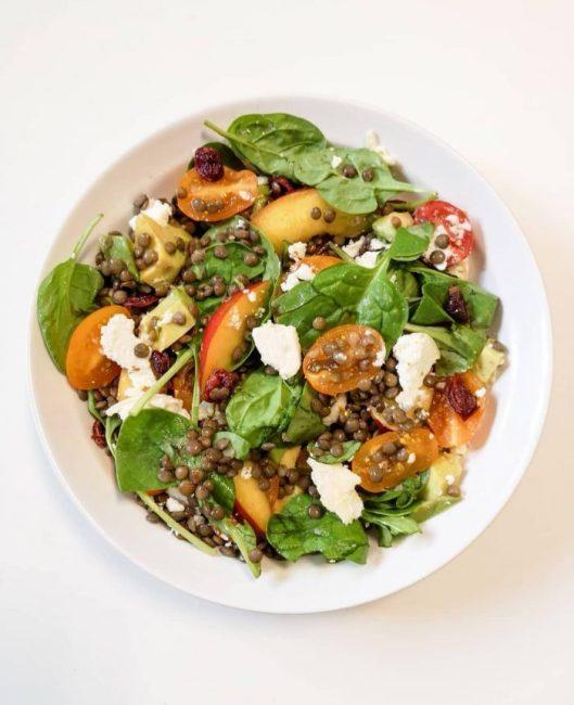 Salade de Lentilles Vertes, Chèvre, Nectarine & Cranberries - Salades Composées - Recette Ma Healthy Tendency