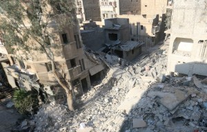 A general view shows the site of yesterday's airstrike where five-year-old Omran Daqneesh got injured in the rebel-held al-Qaterji neighbourhood of Aleppo, Syria August 18, 2016. The Daqneesh family lived in the building on the left. REUTERS/Abdalrhman Ismail TPX IMAGES OF THE DAY
