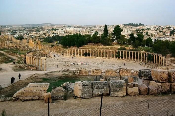 منتدى يوناني وُجد في الأردن.