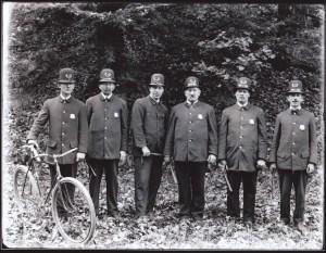 2007-78-145 MCP Policemen looking forward