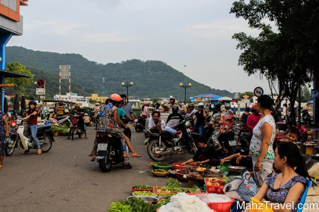 accommodation, Asia, Border crossing, bus to Cambodia, Bus to can tho, bus to ho chi Minh, bus to sa Dec, Cambodia, Ha tien, how to get to Cambodia, Island, local, market, Mekong Delta, phu quoc, seafood, south Vietnam, tickets, travel Asia, Vietnam, visa, visa to Cambodia