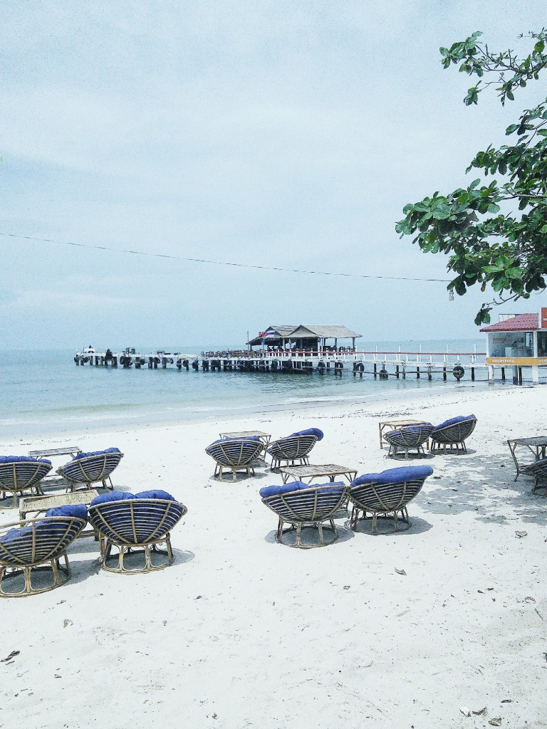 Sihanoukville, beach, nightlife