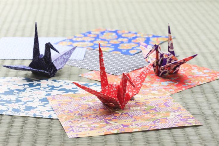 PRIVATE Japanese Origami (Paper Folding) Workshop Osaka - Tea Ceremony  Japan Experiences MAIKOYA