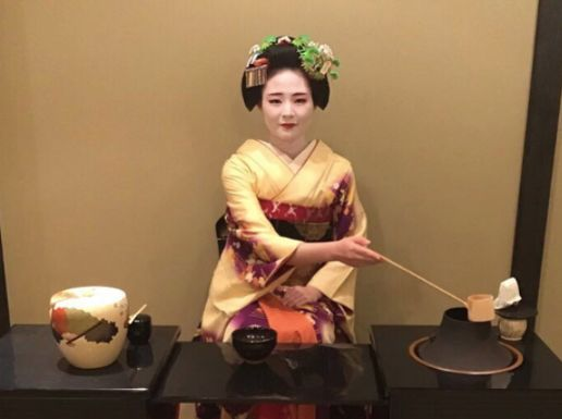 Geisha(Maiko) Tea Ceremony & Show in Kyoto GION